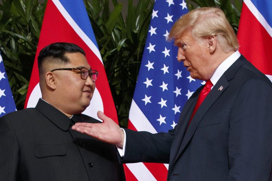 Kim Jong-un et Donald Trump se sont rencontrés... (PHOTO AP)