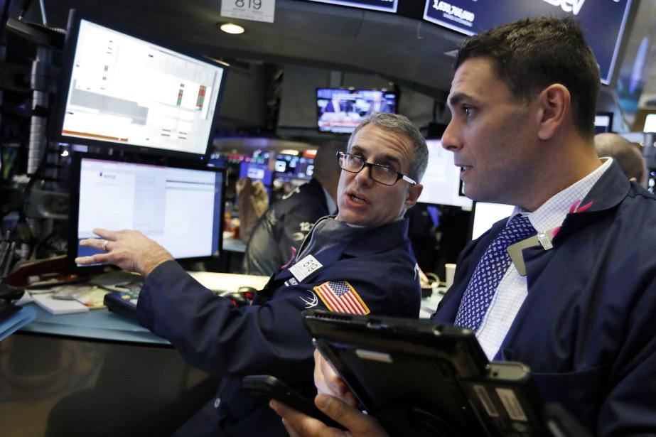 Le Dow Jones perdait 0,37% et le NASDAQ... (Photo Richard Drew, AP)