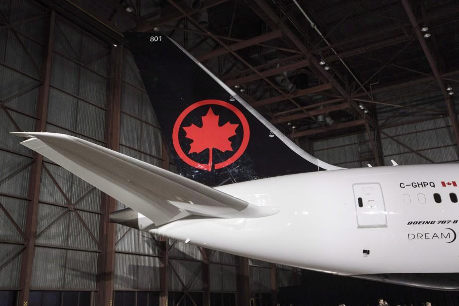 Avec la conclusion de la transaction, environ la... (Photo Mark Blinch, La Presse canadienne)