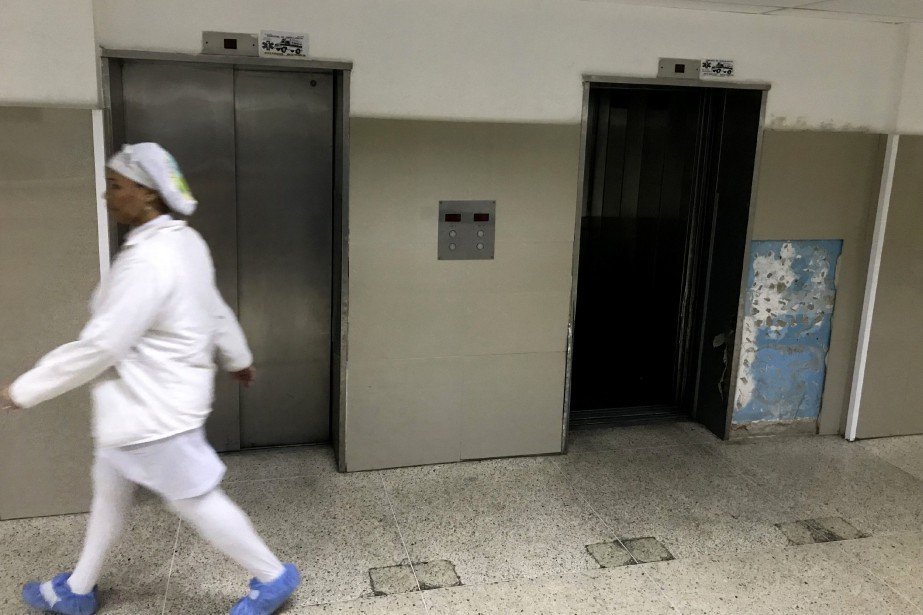 Le Venezuela traverse une profonde crise économique et... (Photo YURI CORTEZ, archives AFP)