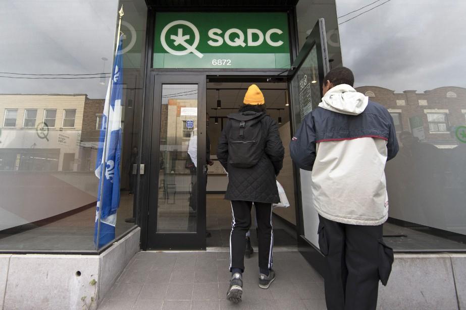 La succursale de la SQDC de la rue... (Photo Robert Skinner, archives La Presse)