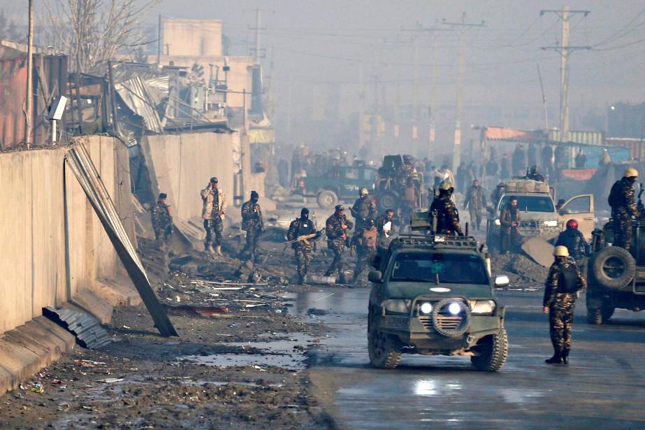 Quatre personnes ont été tuées, dont trois gardes,... (Photo MOHAMMAD ISMAIL, REUTERS)