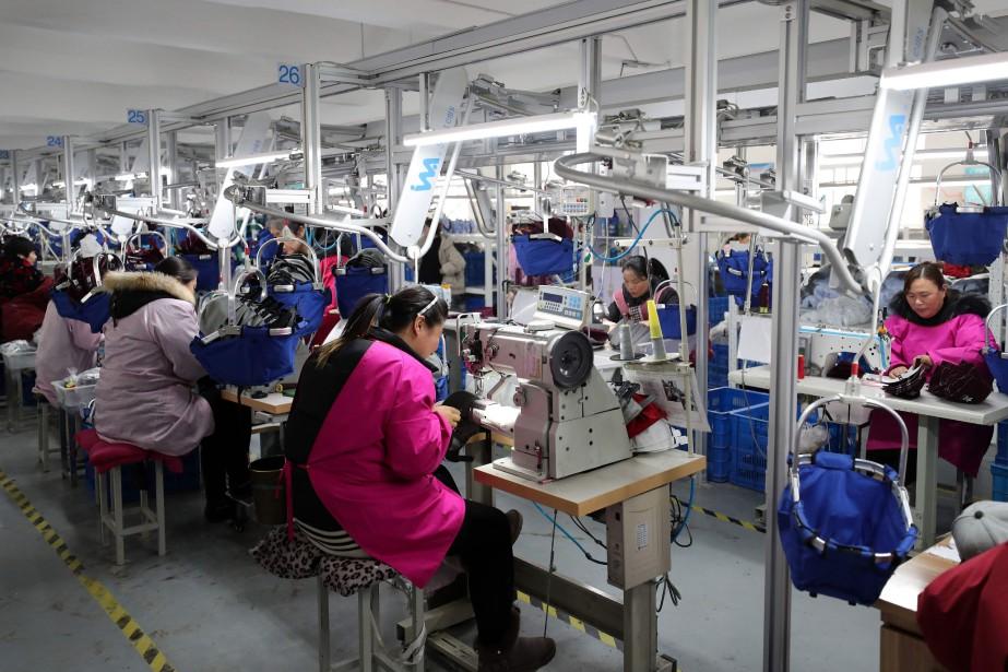 Alors que l'économie chinoise donnait des signes de... (Photo STR, AFP)