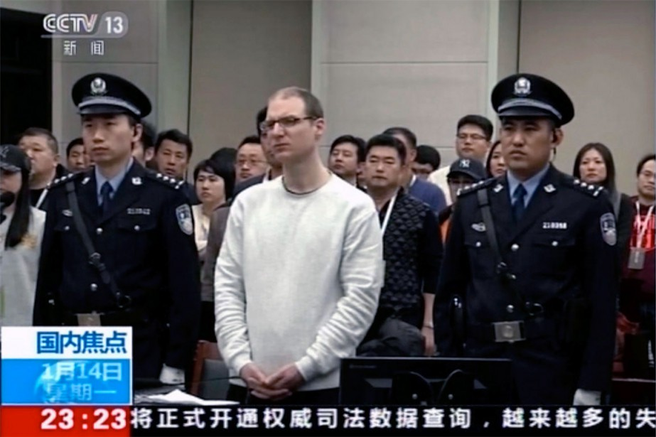 Robert Lloyd Schellenberg ( au centre), hier, lors... (Photo CCTV via Associated Press)