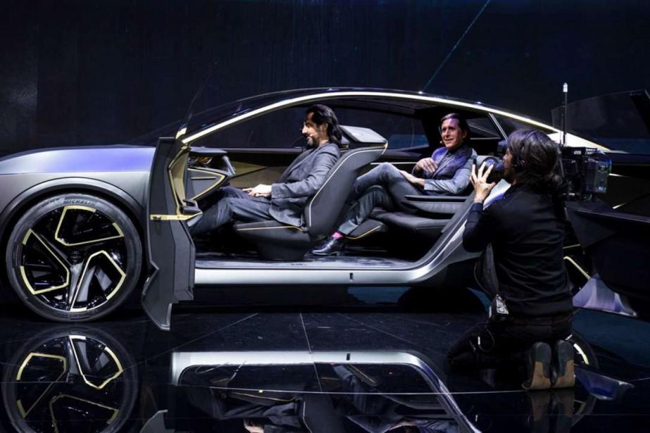 Le design du prototype Nissan IMs profite pleinement de l'espace... | 2019-01-15 00:00:00.000
