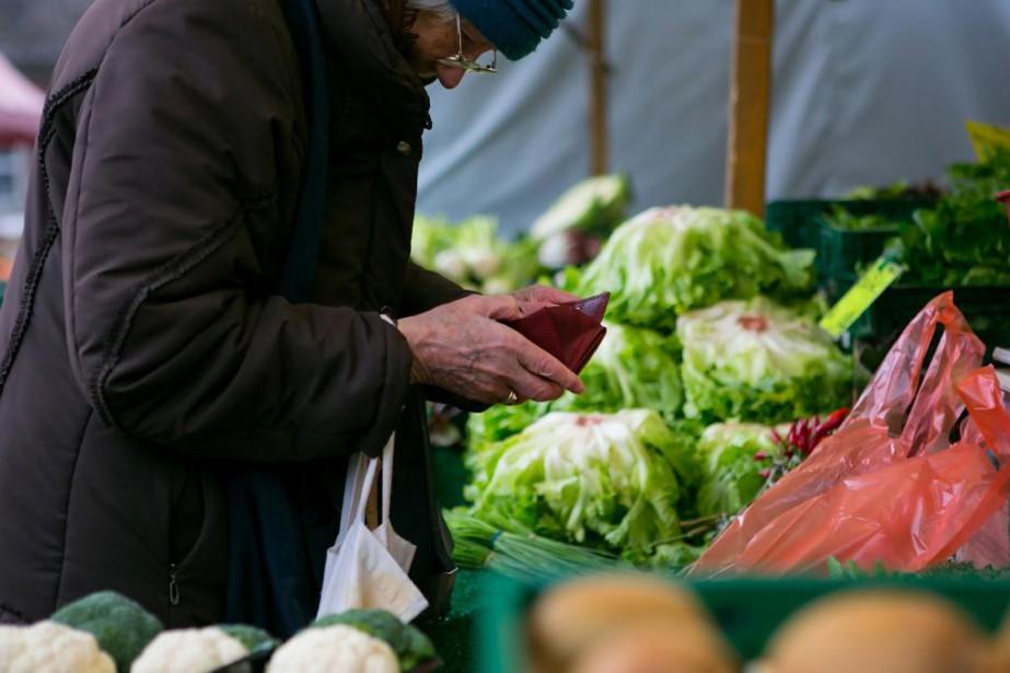 Les personnes à faible revenu étaient plus d'un... (Photo Krisztian Bocsi, La Presse Bloomberg)