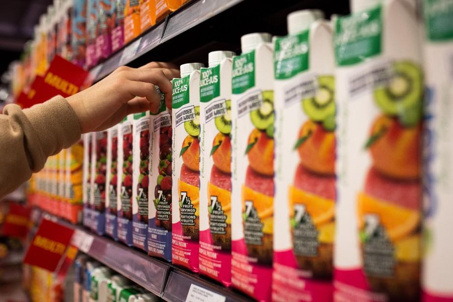 Les Canadiens consomment moins de boissons sucrées, ce... (Photo SIMON GIROUX, archives La Presse)