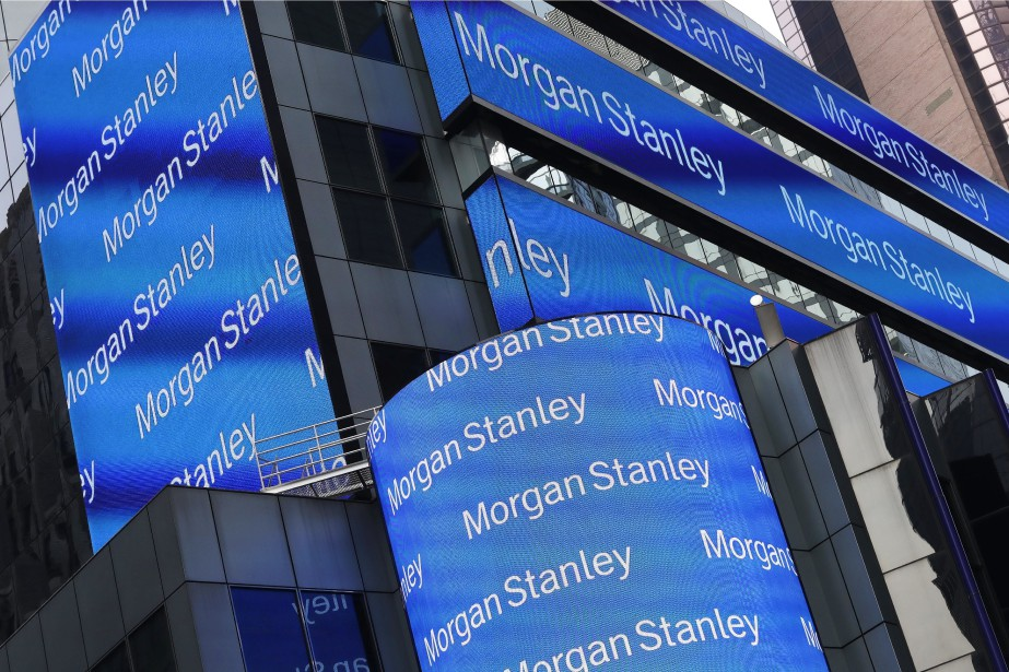 L'action de Morgan Stanley dégringolait de près de... (Photo Mark Lennihan, AP)
