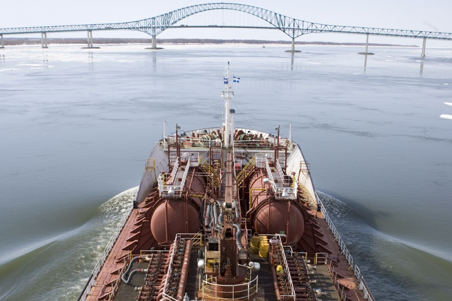 Un navire sur la Voie maritime du Saint-Laurent,... (Photo François Roy, archives La Presse)