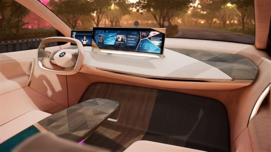 BMW Vision iNEXT | 17 janvier 2019