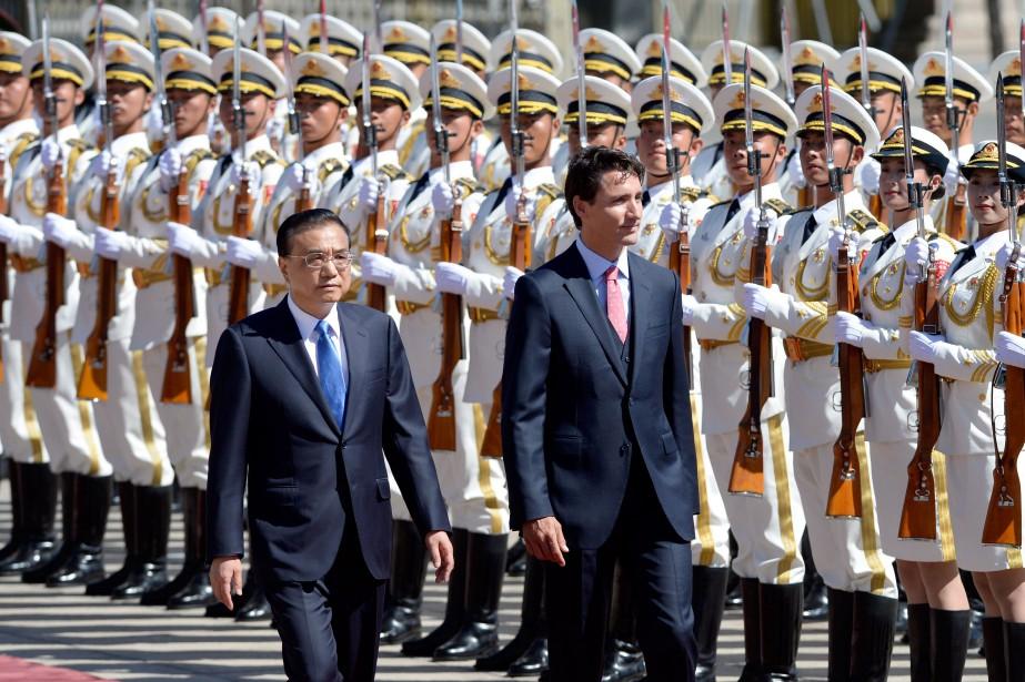 Le premier ministre Justin Trudeau et compagnie du... (PHOTO ADRIAN WYLD, ARCHIVES LA PRESSE CANADIENNE)