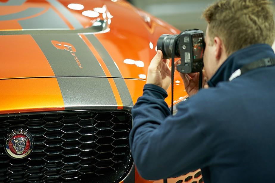 Les Jaguar attirent toujours les regards (et les lentilles). Ce photographe a passé du temps devant cette Jaguar XE Project 8, mue par un V8 de 592 ch.. | 21 janvier 2019