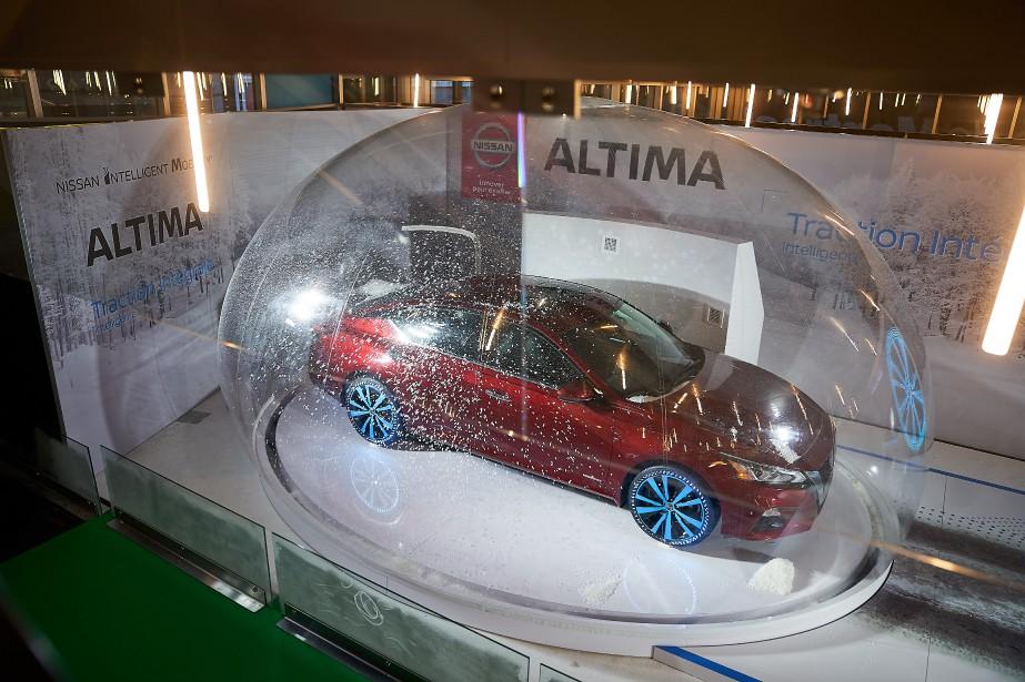 Nissan a mis son Altima à quatre roues motrices dans une bulle de verre. | 21 janvier 2019
