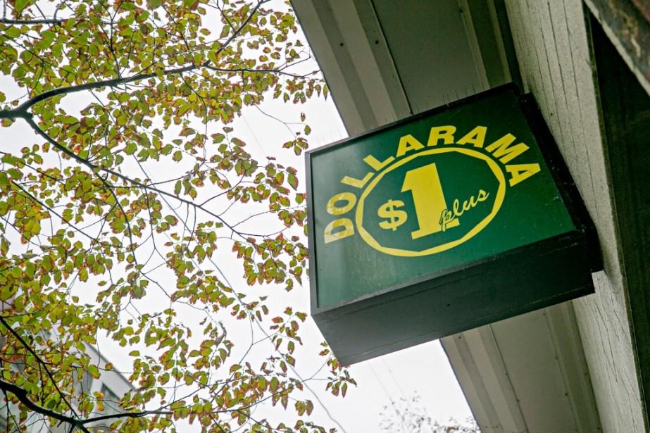Avec ce nouveau service, Dollarama souhaite mieux desservir... (Photo David Boily, archives La Presse)