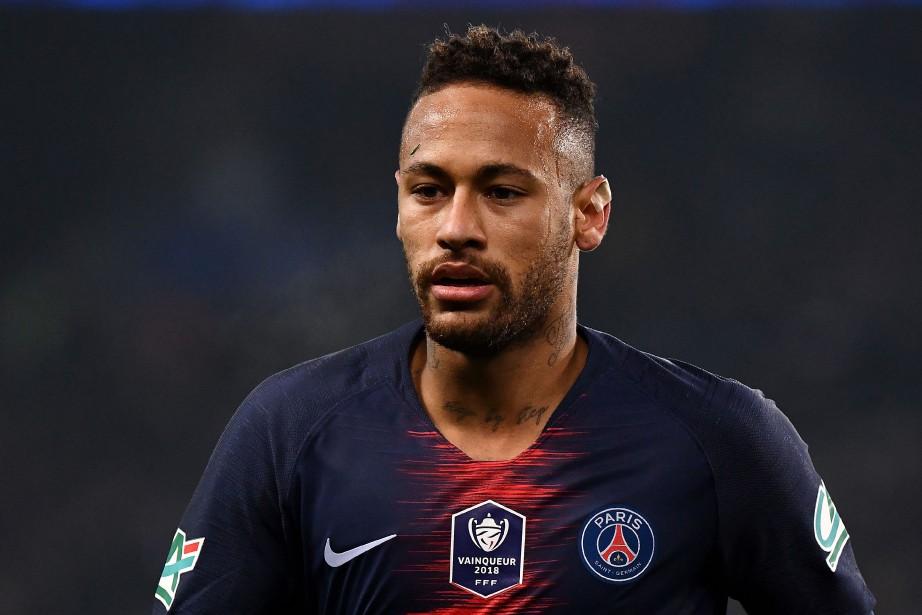 La sortie prématurée de Neymar inquiète forcément l'environnement... (PHOTO AFP)