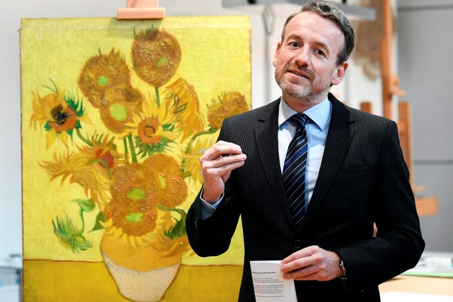 Les Tournesols de Vincent van Gogh n'effectueront plus... (Photo PIROSCHKA VAN DE WOUW, REUTERS)
