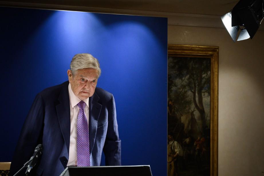 George Soros... (Photo FABRICE COFFRINI, Agence France-Presse)