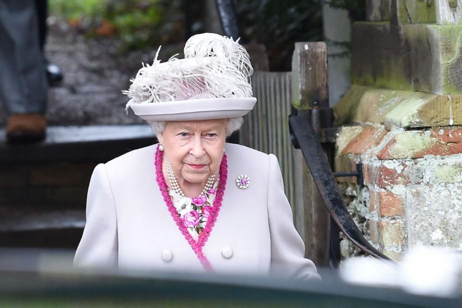 Ces propos d'ÉlisabethII ont été interprétés au Royaume-Uni... (Photo PAUL ELLIS, Agence France-Presse)
