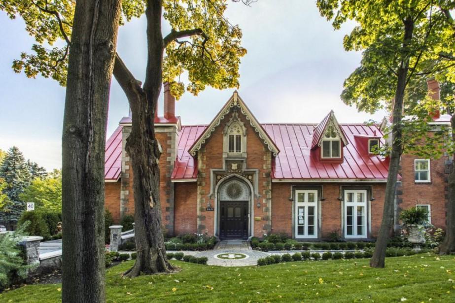 La façade de la maison a conservé son... (PHOTO FOURNIE PAR SOTHEBY'S INTERNATIONAL REALTY LK)