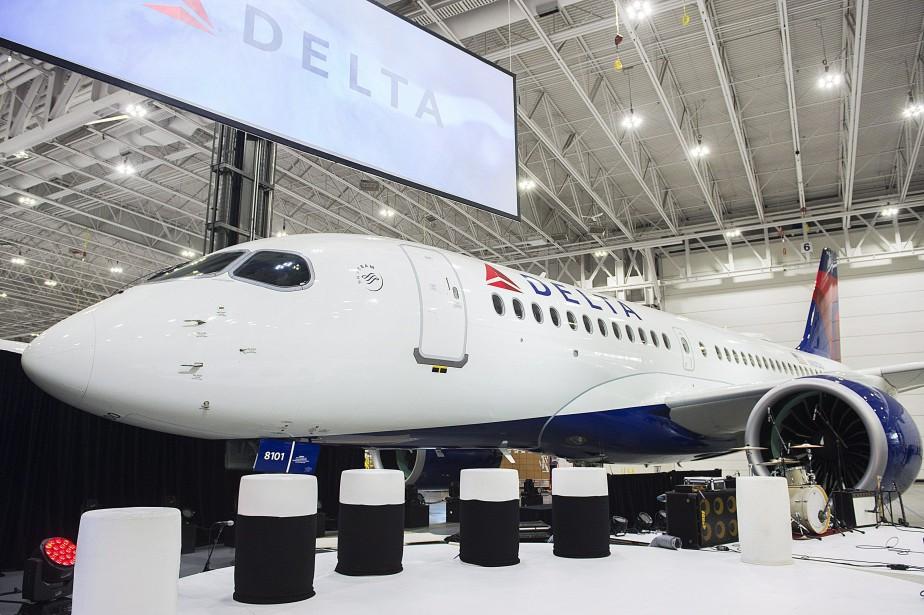 Un AirbusA220 de Delta.... (Photo Graham Hughes, archives La Presse canadienne)