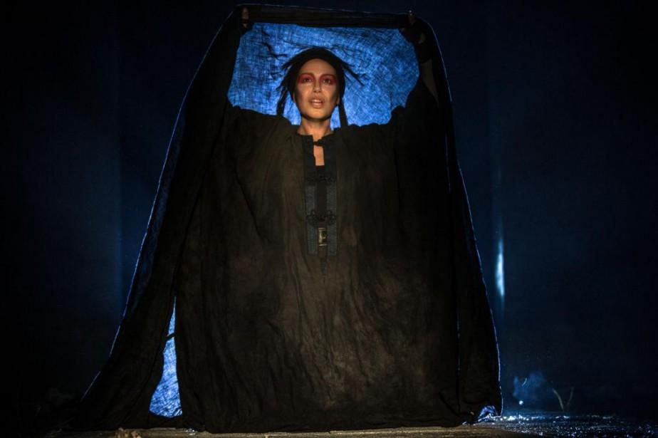 Magalie Lépine-Blondeau incarne Électre dans la pièce du... (Photo Olivier PontBriand, Archives La Presse)