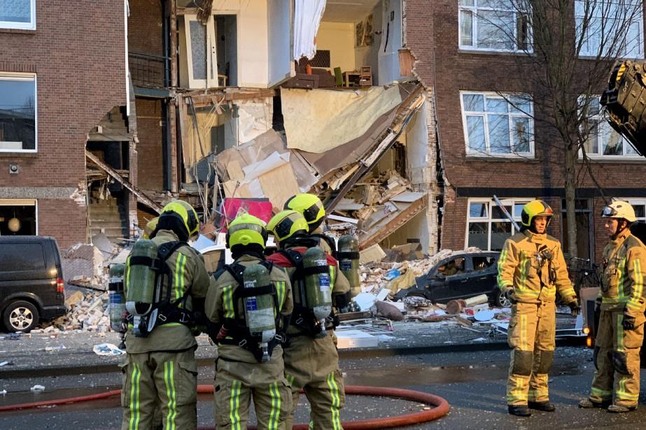 L'explosion, qui a complètement éventré la façade de... (PHOTO AP)