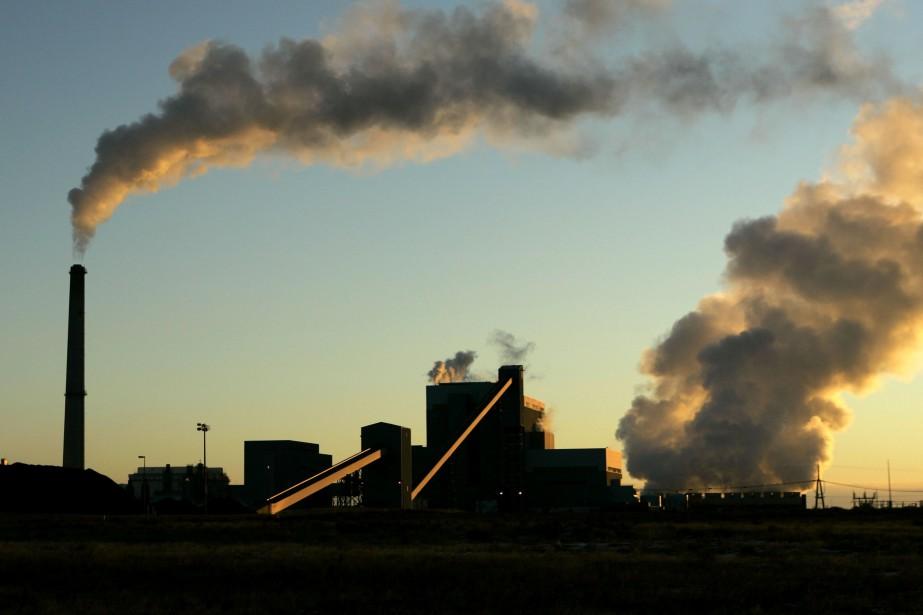 Le charbon thermique est utilisé pour créer de... (Photo CharlieRiedel, AP)