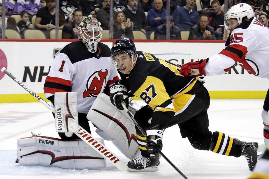 Deux buts en 1:45 au premier vingt ont mené les Devils du New... (PHOTO AP)