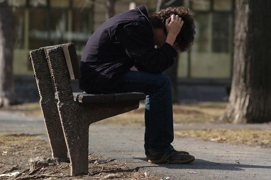 Le nombre de suicides a... (photo Martin Chamberland, archives La Presse)