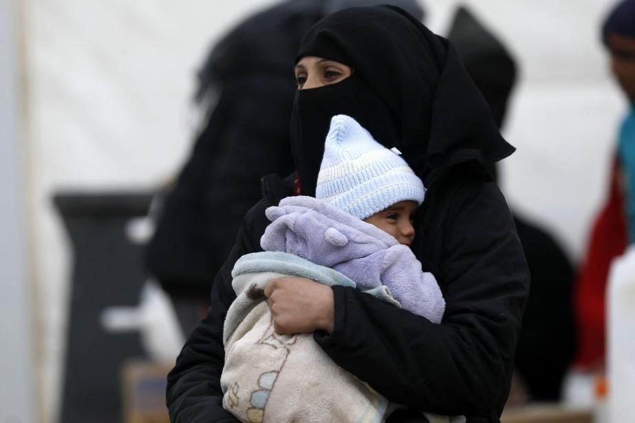 En deux mois, «environ 23000 personnes, principalement des... (Photo DELIL SOULEIMAN, Agence France-Presse)