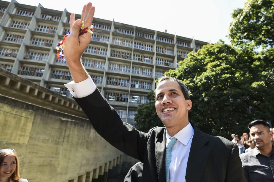 Washington a reconnu l'autorité de Juan Guaido (photo)... (Photo JUAN BARRETO, Agence France-Presse)