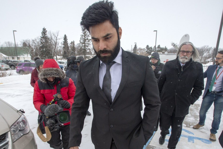 Jaskirat Singh Sidhu à son arrivée au tribunal,... (Photo Ryan Remiorz, La Presse canadienne)