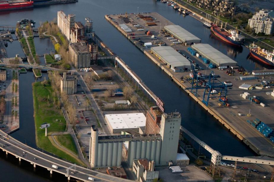 Le silo no5 a servi à partir de... (Photo Martin Tremblay, archives la presse)