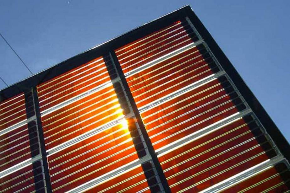 Un panneau solaire à base de pérovskites... (PHOTO TIRÉE DE LA PAGE FACEBOOK PEROVSKITE-INFO)