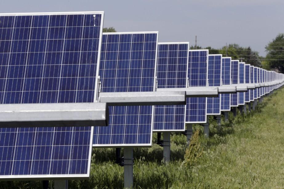 Un parc de panneaux solaires à Fremont, au... (Photo Nati Harnik, AP)