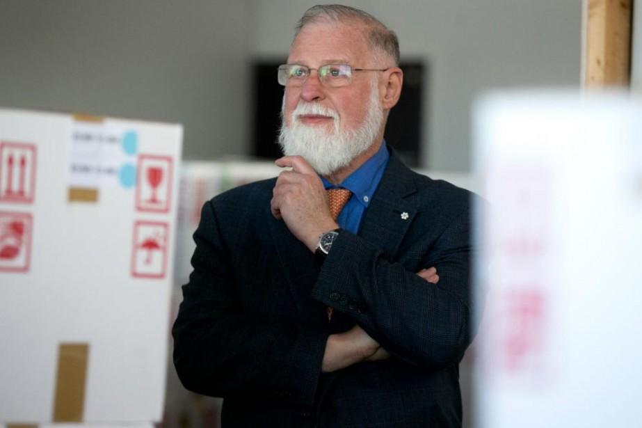 Alberto Manguel, bibliophile et auteur, possède plus de... (Photo François Roy, La Presse)