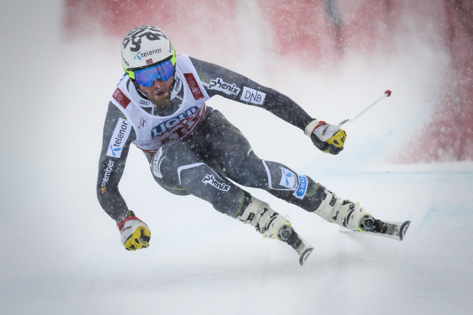 Kjetil Jansrud a devance son plus proche rival... (Photo FABRICE COFFRINI, Agence France-Presse)