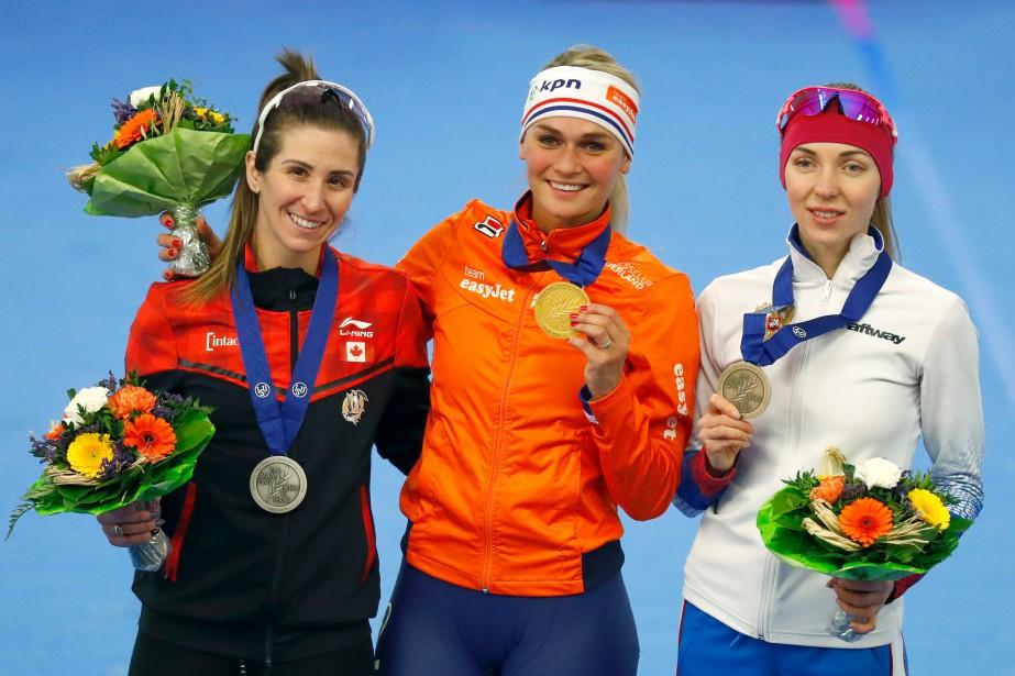De gauche à droite: Ivanie Blondin, Irene Schouten... (Photo Matthias Schrader, Associated Press)