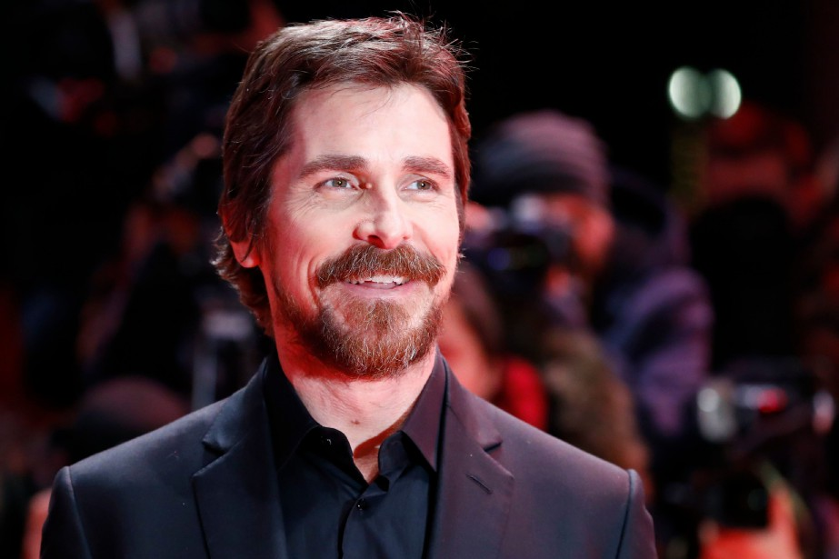 Christian Bale sur le tapis rouge du film... (Photo FABRIZIO BENSCH, REUTERS)