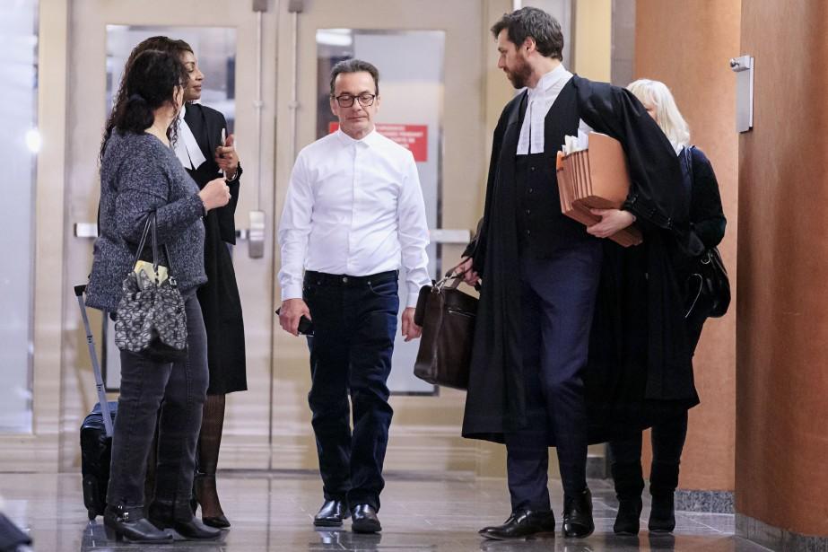 MichelCadotte (au centre) est accusé du meurtre au... (Photo AlainRoberge, archives La Presse)