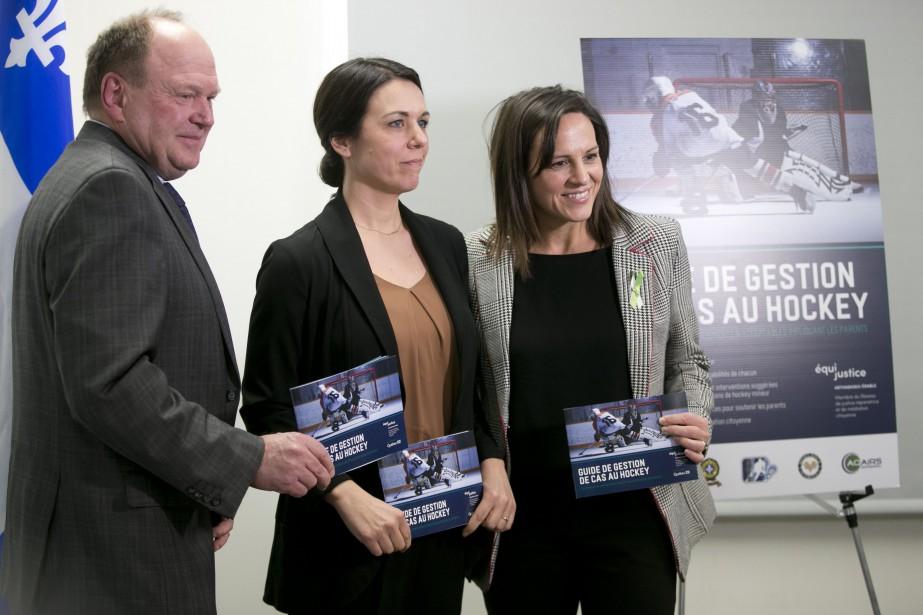 La ministre Isabelle Charest (à droite) a rencontré... (PHOTO FRANÇOIS ROY, LA PRESSE)