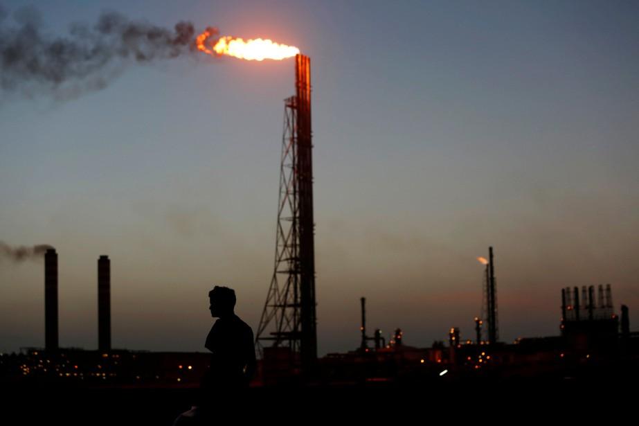 Les États-Unis, grâce à l'essor du pétrole de... (Photo Carlos Jasso, REUTERS)