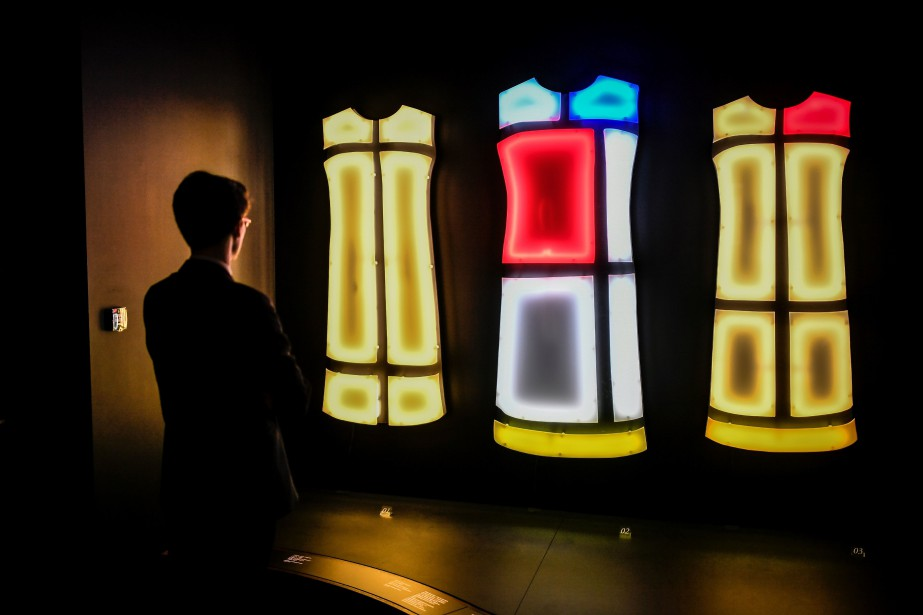 Le musée Yves Saint Laurent à Paris dédie... (Photo STEPHANE DE SAKUTIN, AFP)