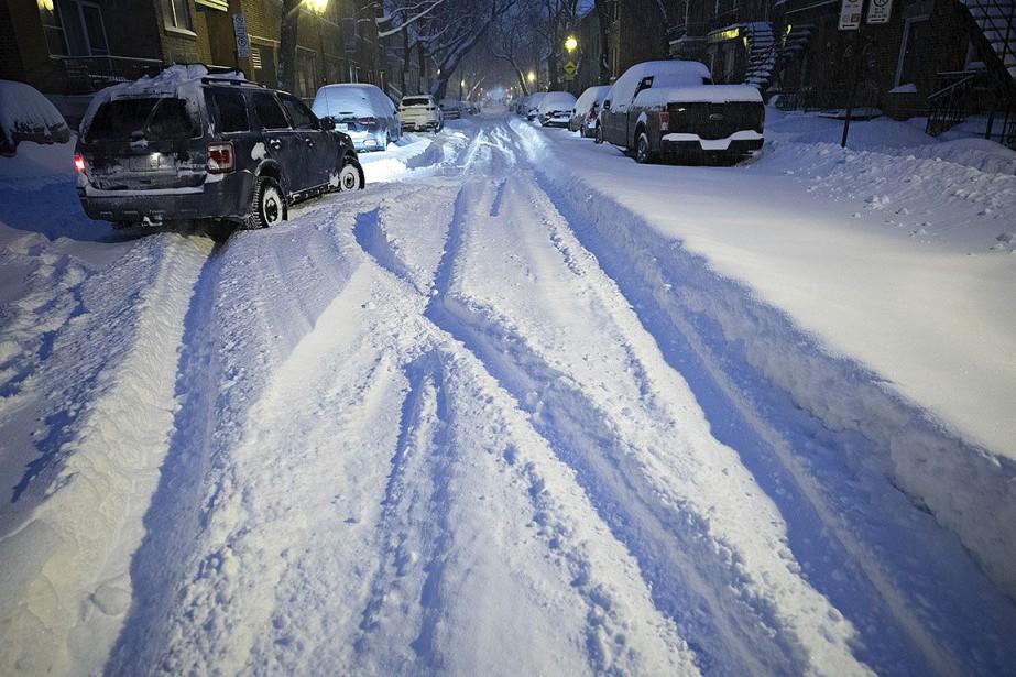 Les rues résidentielles ne sont pas aussi bien... (PHOTO PATRICK SANFAÇON, LA PRESSE)