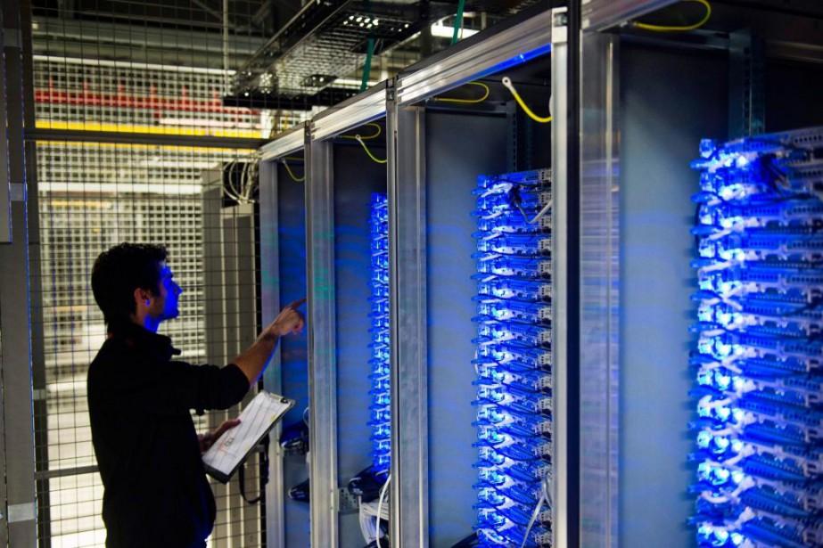 «Les 457 centres de traitement informatique exploités par... (ARCHIVES AFP)