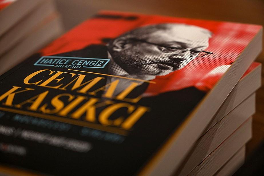Le livre écrit par la compagne du journaliste... (Photo OZAN KOSE, Agence France-Presse)