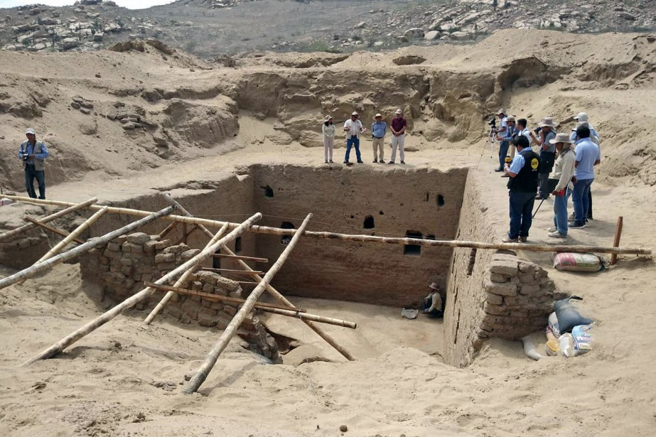 Des archéologues péruviens ont découvert une chambre... (Photo STR, AFP)