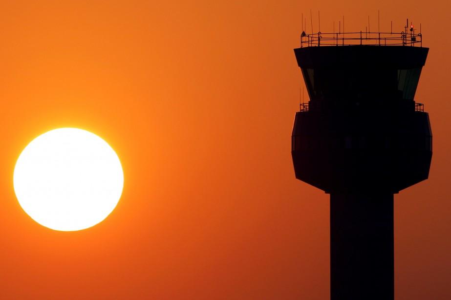 La compagnie aérienne régionale britannique... (Photo Darren Staples, REUTERS)