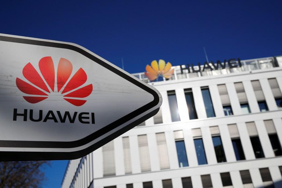Huawei, un des principaux fournisseurs mondiaux d'équipements et... (Photo WOLFGANG RATTAY, REUTERS)