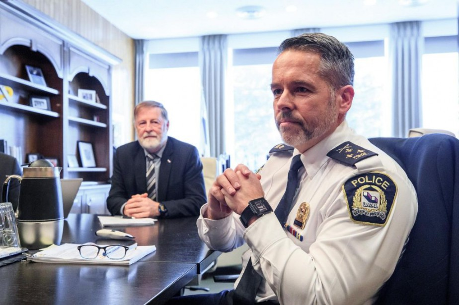 Marc Demers, maire de Laval, et Pierre Brochet,... (Photo Hugo-Sébastien Aubert, La Presse)